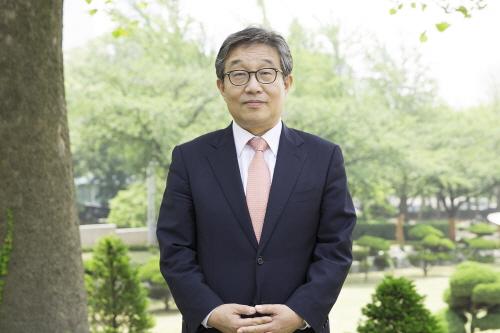 손동원 교수 사진